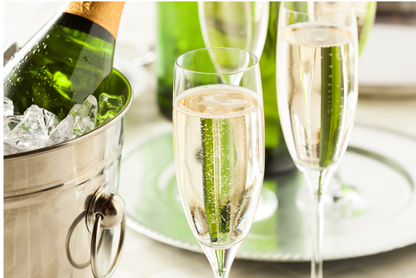 Tous les samedis, dégustation gratuite d'un Champagne ! Every Saturday, free tasting of one Champagne !